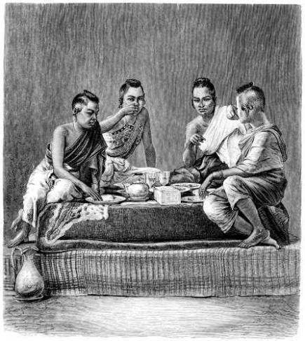 Femmes siamoises au dîner. 2