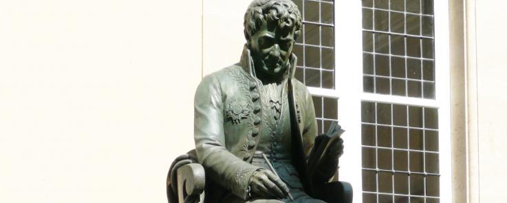 Statue de Sylvestre de Sacy INALCO PARIS_Crédits Inalco
