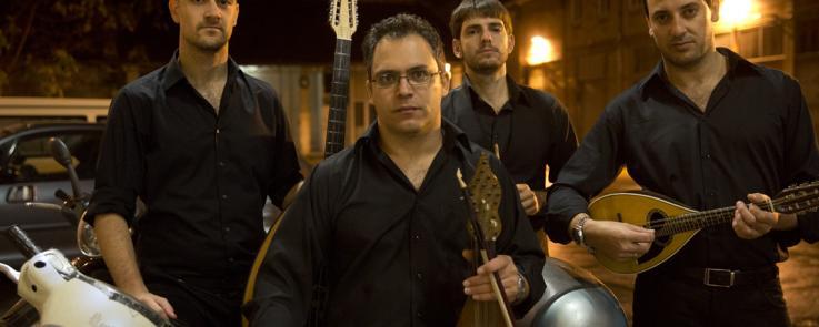 Stelios Petrakis, musicien, compositeur et luthier crétois