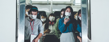 Usagers portant le masque dans le métro en Chine