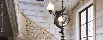 Escalier d'honneur de la Maison de la recherche